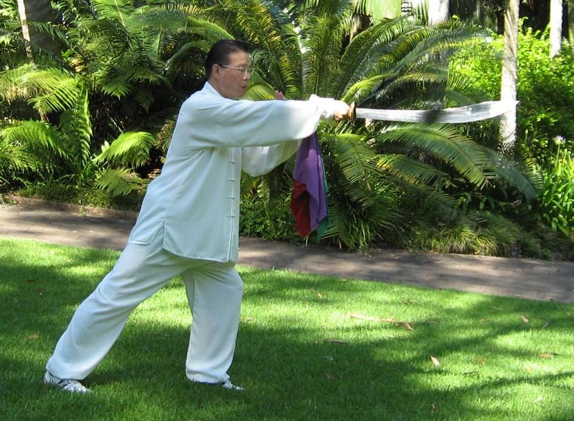Sam Li demonstrating single broadsword